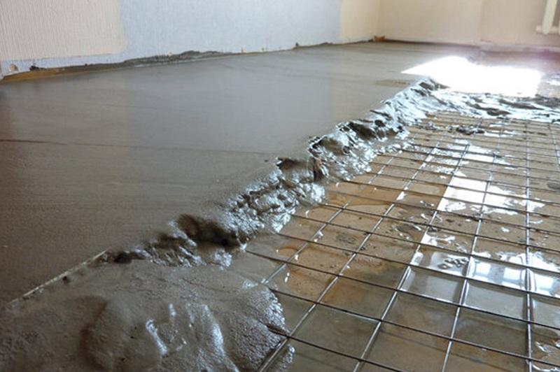 стоимость работ по заливки пола бетоном